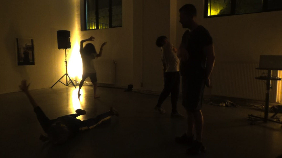 Performance WIELS Project Room